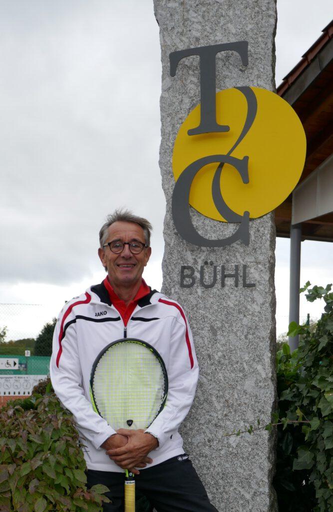 H.Salzbrunn-vor-TCB-Siegersäule